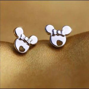 Jewelry - Brand New Minnie Mouse Custom Earrings